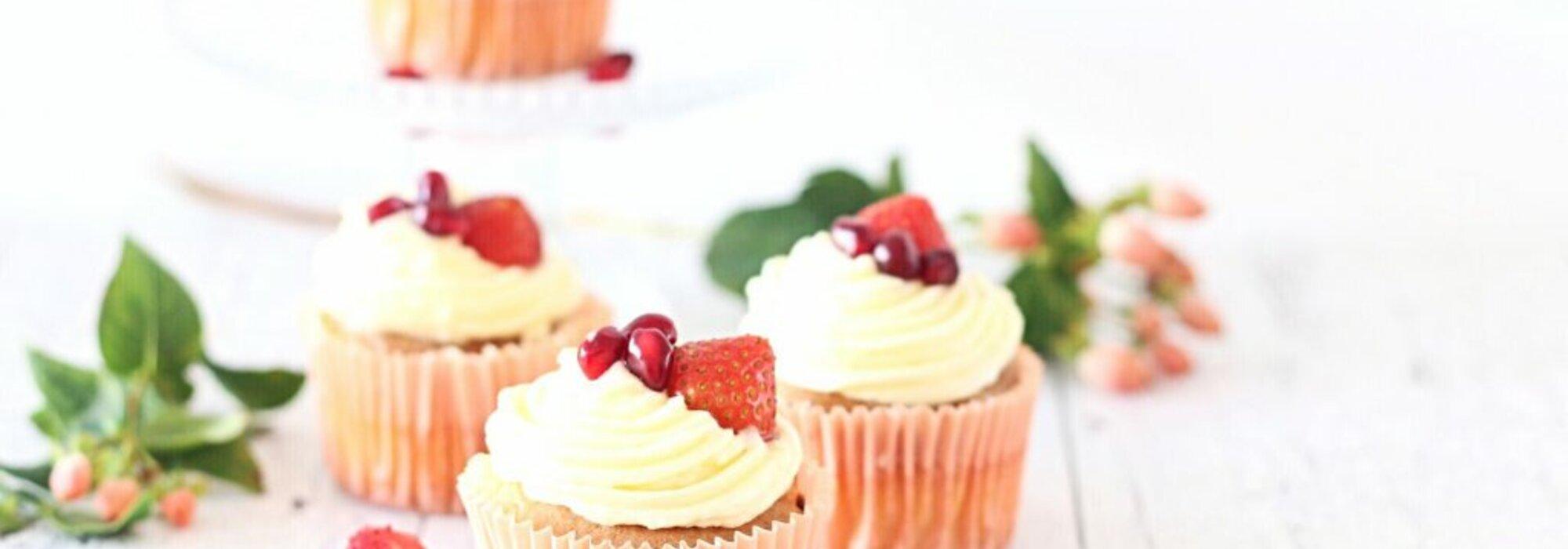 Koolhydraatarme vanille aardbei cupcakes