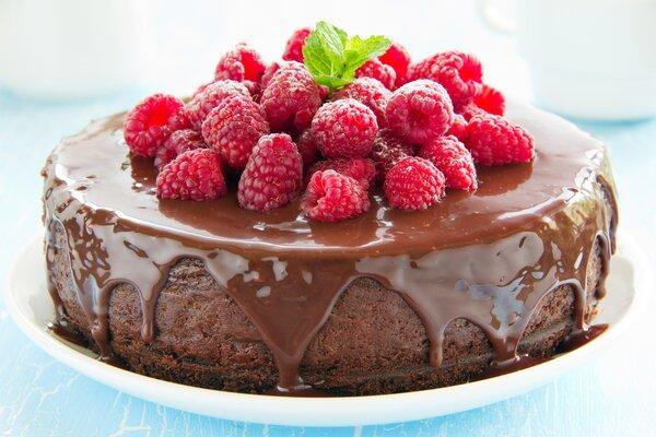 Suikervrije en koolhydraatarme chocoladetaart