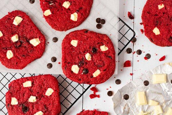 Koolhydraatarme Red Velvet koekjes