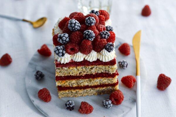 Suikervrije citroen cake met frambozen