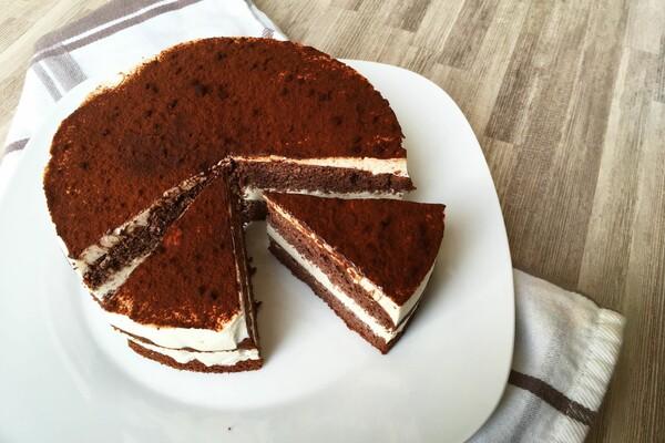 Suikervrije en koolhydraatarme chocolade kwarktaart