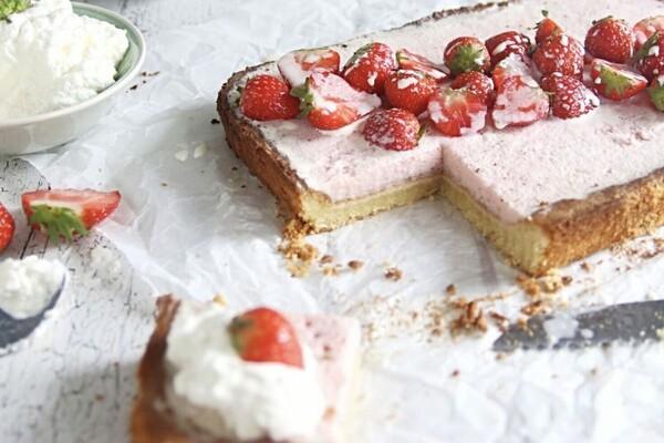 Suikervrije en koolhydraatarme Bavarois taart
