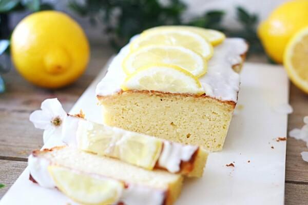 Koolhydraatarme yoghurt citroen cake